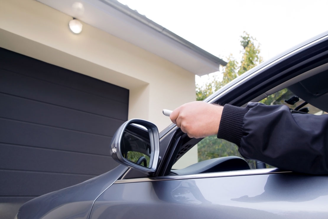 Signs It Might Be Time For a New Garage Door Opener